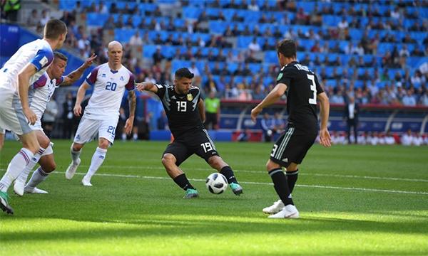 Argentina 1-1 Iceland (hết hiệp 1) - ảnh 3