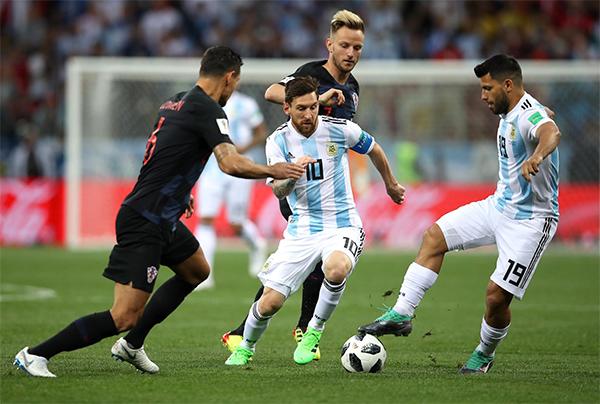 Messi không thể truyền cảm hứng cho các đồng đội.