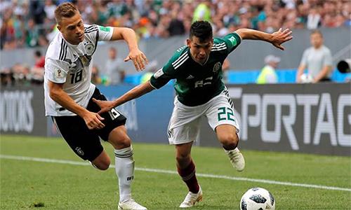 Kimmich chơi hời hợt, biến cánh phải của anh thành tử huyệt của Đức trước Mexico.