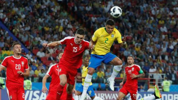Thiago Silva ấn định thắng lợi 2-0. Ảnh: Reuters.