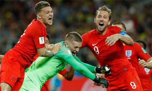 Tuyển Anh vui mừng với chiến thắng trước Colombia ở vòng 1/8. Ảnh: Reuters