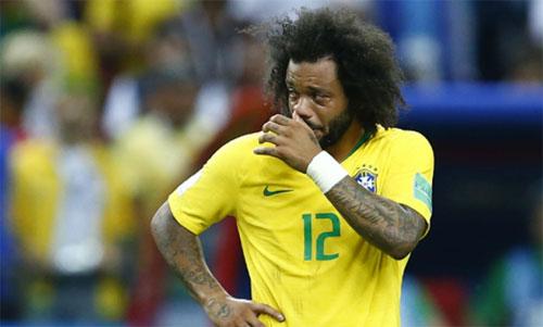 Marcelo thêm một lần đau mới tuyển Brazil. Ảnh: Reuters