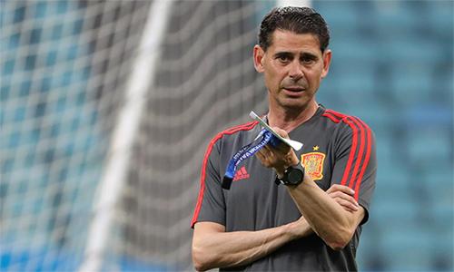Quyết định chia tay đội tuyển của Hierro là điều đã được báo giới và người hâm mộ Tây Ban Nha dự đoán. Ảnh: Reuters.