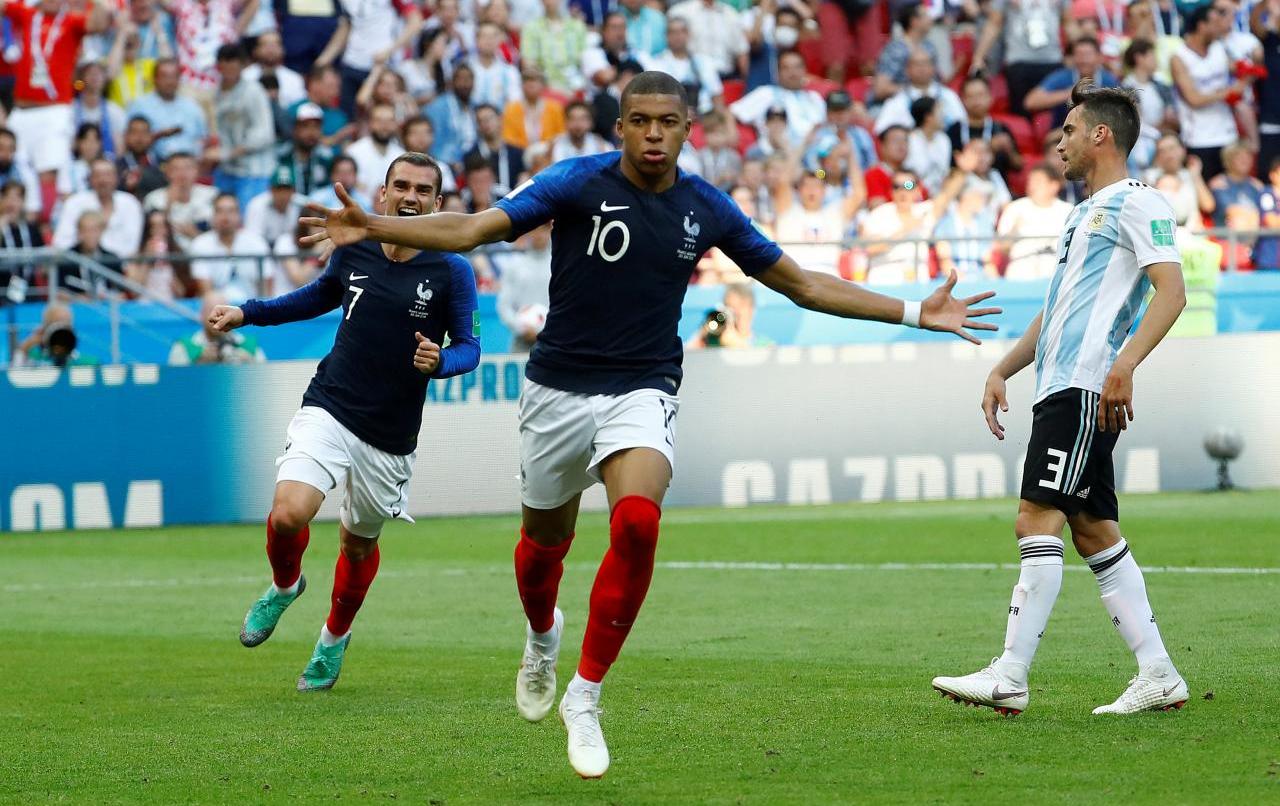 5 cuộc đối đầu hứa hẹn định đoạt trận Bỉ - Pháp