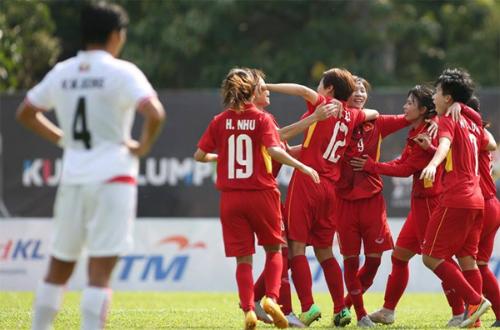 Mục tiêu của tuyển nữ Việt Nam là đòi lại ngôi vô địch từ tay Thái Lan. Ảnh: Lâm Thỏa