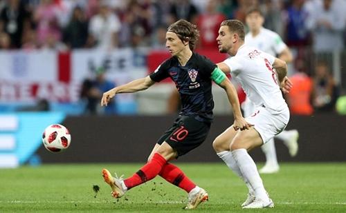 Croatia vượt trội Anh ở tuyến giữa nhờ Modric. Ảnh: Reuters.