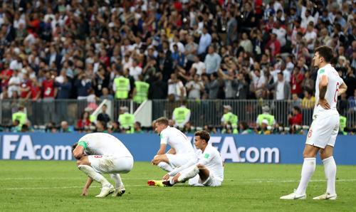 Tuyển Anh cầm vàng lại để vàng rơi, dẫn trước nhưng để Croatia lội ngược dòng giành vé vào chung kết.