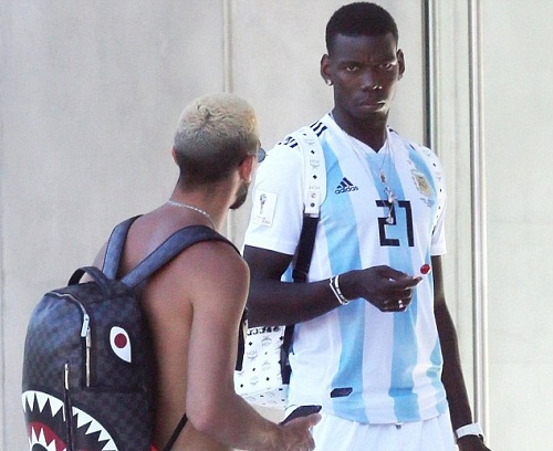 Pogba mặc áo đấu số 21 của Dybala tại tuyển Argentina