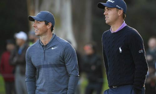 McIlroy (trái) và Thomas là hai ứng cử viên vô địch sáng giá nhất sau vòng ba Bridgestone Invitational.Ảnh: Golfweek.