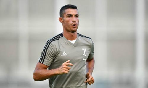 Ronaldo đang tập luyện chuẩn bị cho mùa giải mới tại Juventus. Ảnh: AFP.