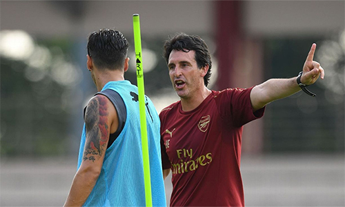 HLV Emery sẽ phải giải được bài toán Ozil nếu muốn Arsenal thăng hoa trở lại.