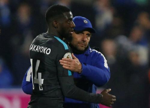Bakayoko là cầu thủ Conte đích thân đưa về nhưng cả hai phải cùng rời Chelsea sau mùa giải thất vọng. Ảnh:Reuters.