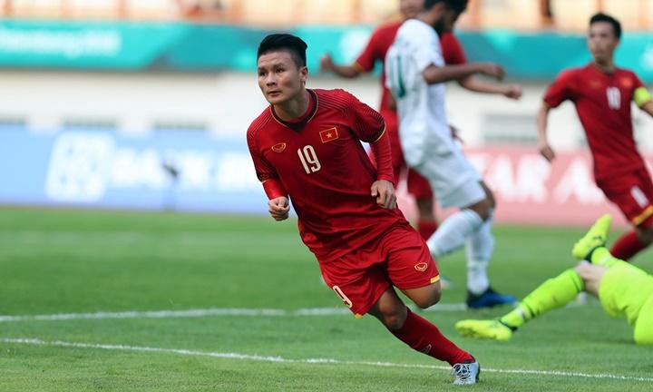 Quang Hải mở tỷ số cho Việt Nam trước Pakistan. Ảnh: Đức Đồng.