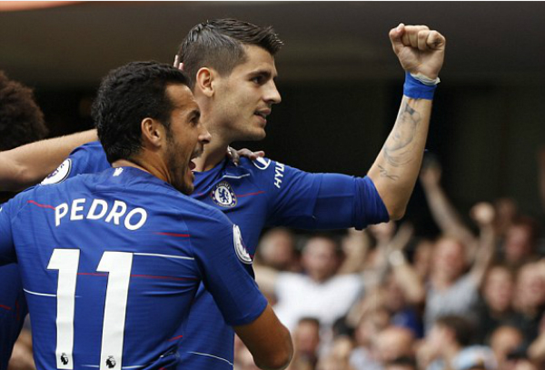 Pedro và Morata là tác giả của những bàn thắng đầu tiên cho Chelsea trận này.