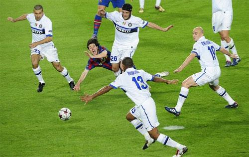 Năm 2010, Inter loại Barca ở bán kết Champions League rồi thắng Bayern trong trận chung kết.