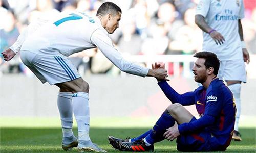 Ronaldo rời Real sang Juventus, Messi mất đi đối trọng ganh đua, truyền động lực cho anh suốt chín năm qua.