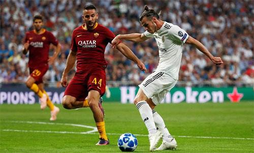 Bale sút chéo góc nhân đôi cách biệt.