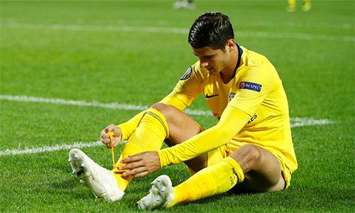Morata thất vọng với một trong những tình huống hỏng ăn trước PAOK. Ảnh: CFC.