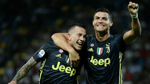 Ronaldo ghi ba bàn sau năm trận cho Juventus tại Serie A. Ảnh: AFP.