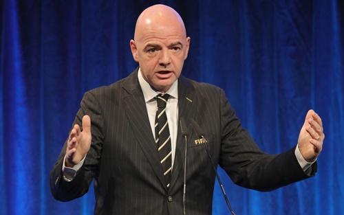 Chủ tịch Infantino muốn minh bạch hóa thị trường chuyển nhượng. Ảnh: Reuters.