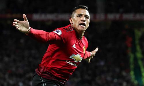 Alexis Sanchez ghi bàn đầu tiên tại Ngoại hạng Anh mùa này để mang về chiến thắng quan trọng cho Man Utd. Ảnh: PA.
