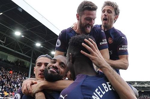 Arsenal sẽ tăng gấp đôi tiền tài trợ từ áo đấu, bắt đầu từ mùa 2019-2020. Ảnh: PA.