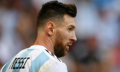 Lionel Scaloni: 'Argentina phải thi đấu tập thể khi không có Messi'