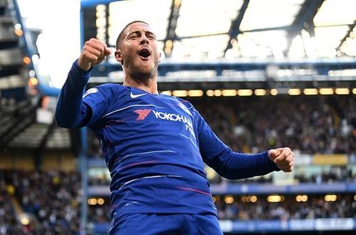 Hazard lần thứ hong sự nghiệp giành giải Cầu thủ hay nhất tháng ở Ngoại hạng Anh. Ảnh: PA.