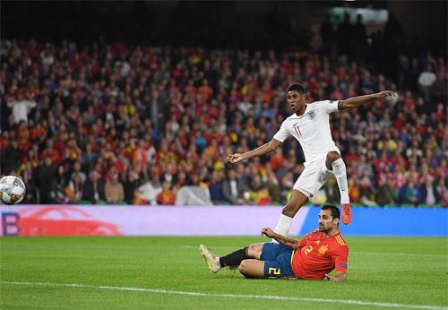 Hàng công Anh có một trận thi đấu rất ăn ý và hiệu quả.