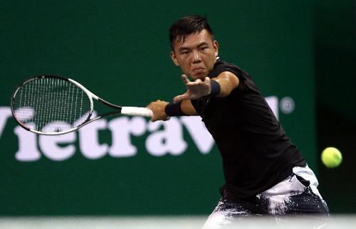 Lý Hoàng Nam sẽ tạm dừng chuyến tập huấn ở Tây Ban Nha để trở về Việt Nam dự liên tiếp hai giải Futures 25.000 đôla.
