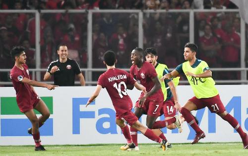 U19 Qatar đã có những khởi đầu thuận lợi khi dẫn trước đối thủ cách biệt năm bàn nhưng về cuối trận, họ phải vất vả để mới giành được chiến thắng. Ảnh: AFC.