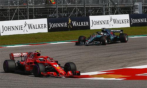 Raikkonen chiếm ngôi đầu sau góc cua số một, và giữ vị trí ấy đến hết chặng đua. Ảnh: F1.