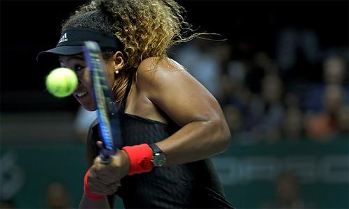 Osaka và Kerber cùng thất bại trong trận ra quân WTA Finals