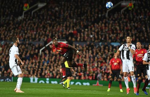 Pogba chơi nỗ lực nhưng không đủ hiệu quả trước Juventus. Ảnh: DM.
