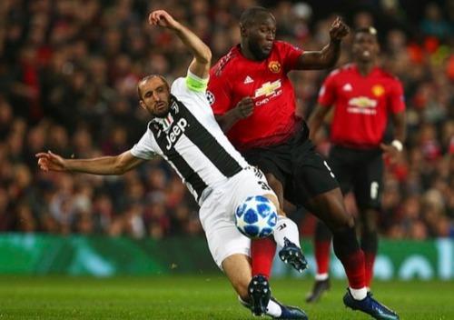 Lukaku chỉ có một pha dứt điểm và 16 đường chuyền chính xác ở trận gặp Juventus. Ảnh: AP.