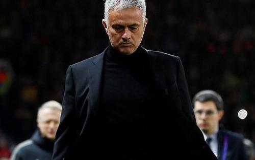 Mourinho cần thay đổi cách đối đãi với Lukaku. Ảnh: Reuters.