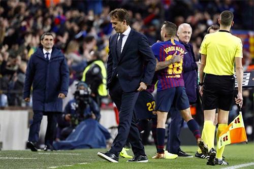 Thua Barca 1-5 ở El Clasico là kết quả định đoạt số phận Lopetegui.