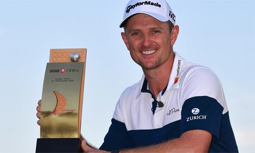 Justin Rose bảo vệ thành công danh hiệu và lần thứ hai lên số một thế giới. Ảnh: Golf Channel.