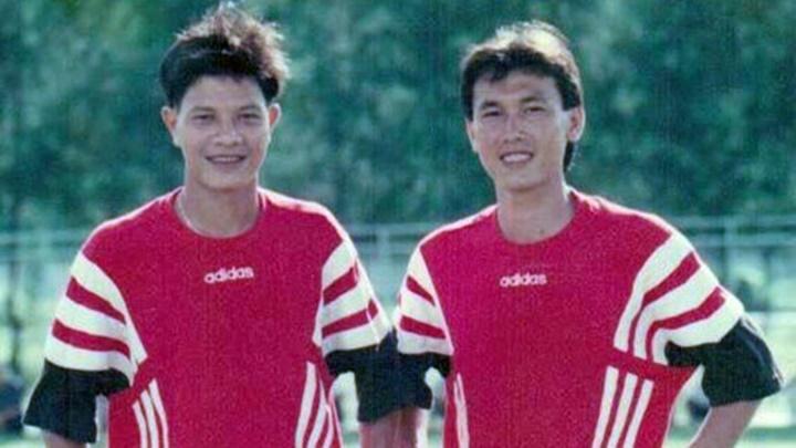Danh thủ Huỳnh Quốc Cường (trái) bên cạnh đồng hương Trần Công Minh ở đội tuyển Việt Nam.