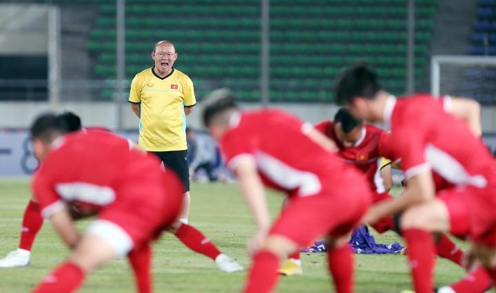 HLV Park chờ thắng lợi đầu tay với tuyển Việt Nam. Ảnh: Đức Đồng.