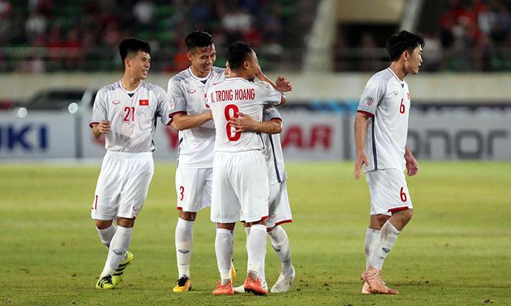 Chiến thắng của Việt Nam được đánh giá cao bởi các cầu thủ mất ít sức và giữ được bài cho các trận kế tiếp. Ảnh: Đức Đồng.