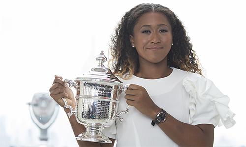 Osaka đổi đời sau khi giành danh hiệu Grand Slam đầu tiên trong sự nghiệp. Ảnh: AP.