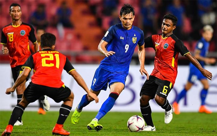 Báo châu Á bầu Anh Đức vào top 5 cầu thủ ấn tượng ở lượt trận đầu - 4