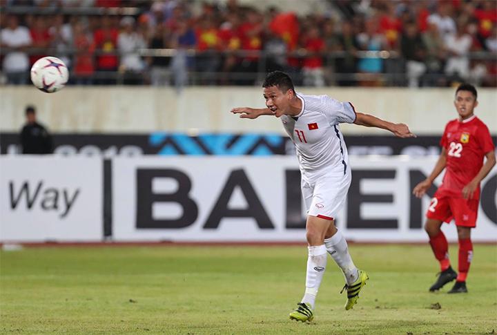 Báo châu Á bầu Anh Đức vào top 5 cầu thủ hay nhất lượt trận đầu