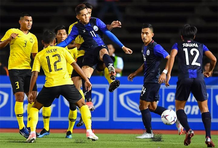 Báo châu Á bầu Anh Đức vào top 5 cầu thủ ấn tượng ở lượt trận đầu - 2