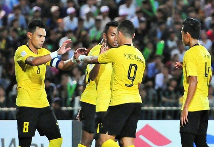 Báo châu Á bầu Anh Đức vào top 5 cầu thủ ấn tượng ở lượt trận đầu - 1