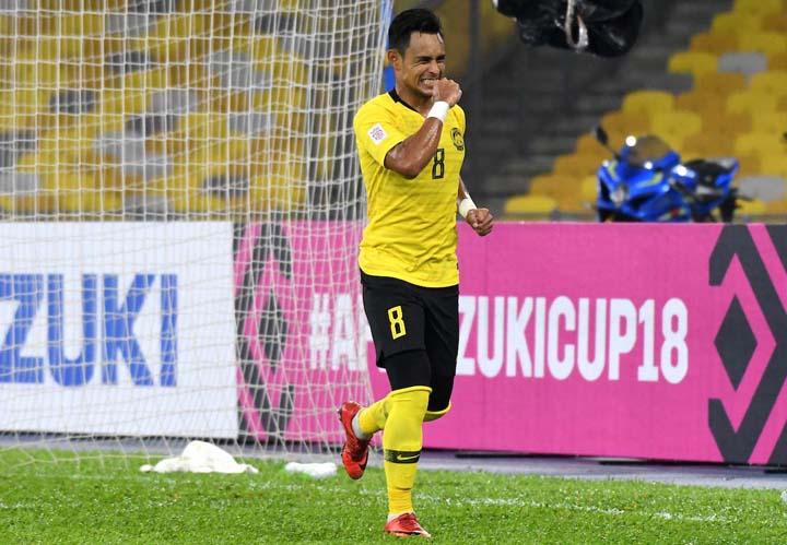 Zaquan Adha ăn mừng bàn thắng gỡ hòa 1-1, mở ra màn ngược dòng thắng 3-1 cho Malaysia trước Lào ngày 12/11.