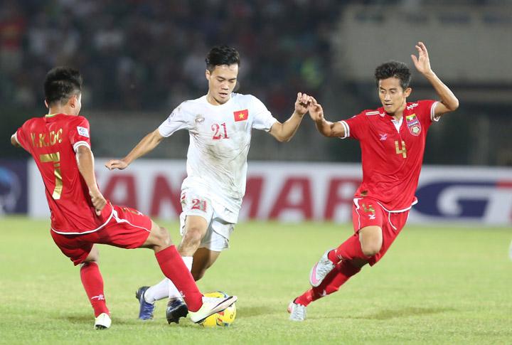 Lần gần nhất Myanmar và Việt Nam đối đầu nhau là tại AFF Cup 2016. Việt Nam giành chiến thắng 2-1 ngay trên sân đối phương, Văn Quyết và Công Vinh là những người lập công.