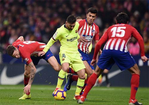 8Live đưa tin  Barca thoát thua Atletico nhờ bàn gỡ phút 90