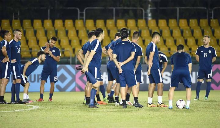 Philippines chỉ còn 18 cầu thủ trong đội sau khi một số trụ cột phải trở về CLB. Ảnh: Fox.